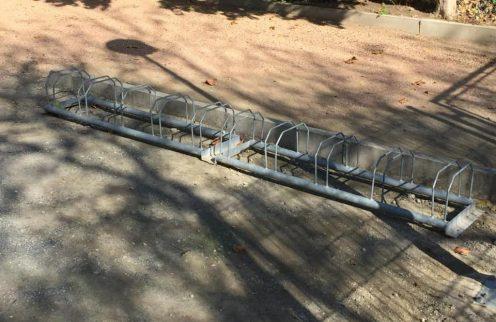 Parque de lazer da Fonte Nova já tem suporte de estacionamento para bicicletas.