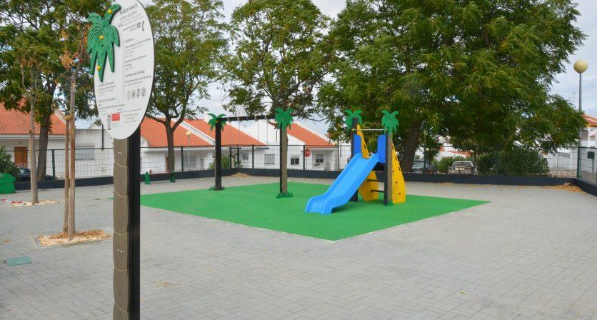 Parque infantil no Bairro da colina