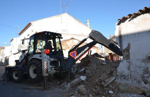 (Português) Demolição de edifício